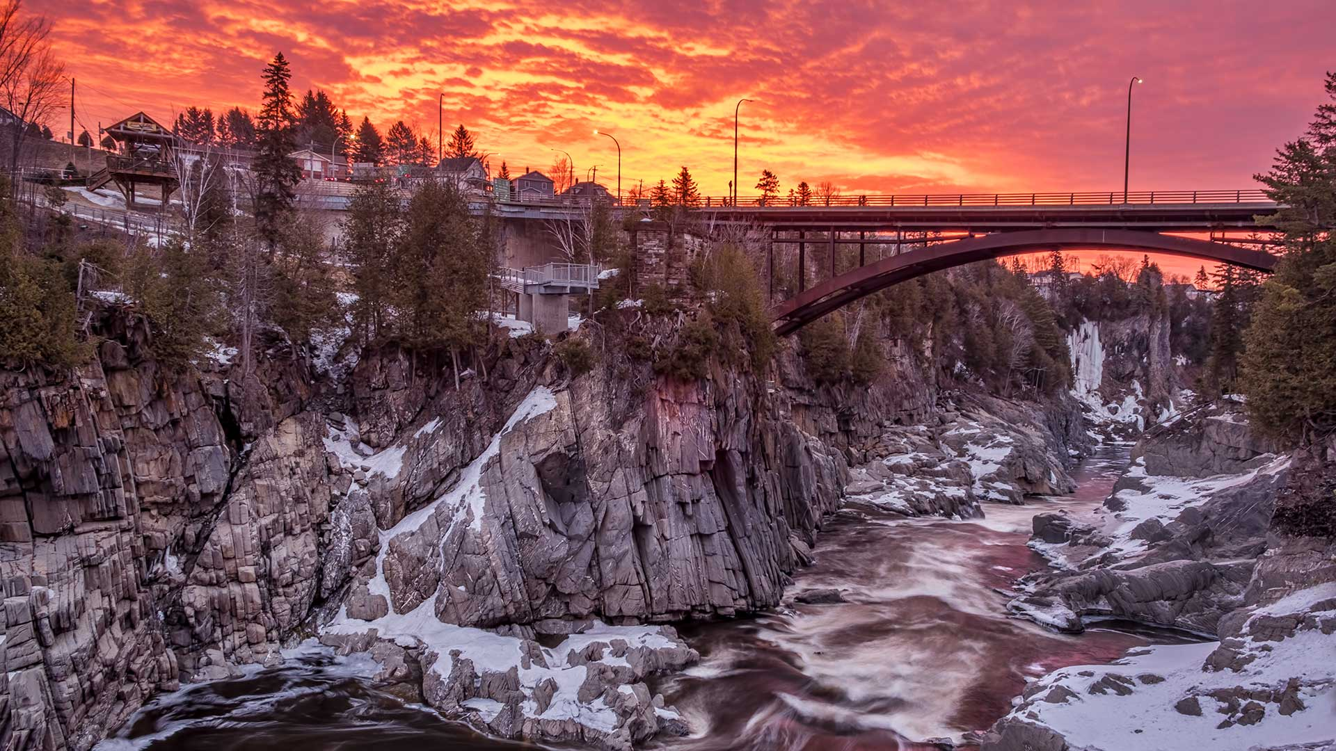 Panorama to illustrate dating in grand falls