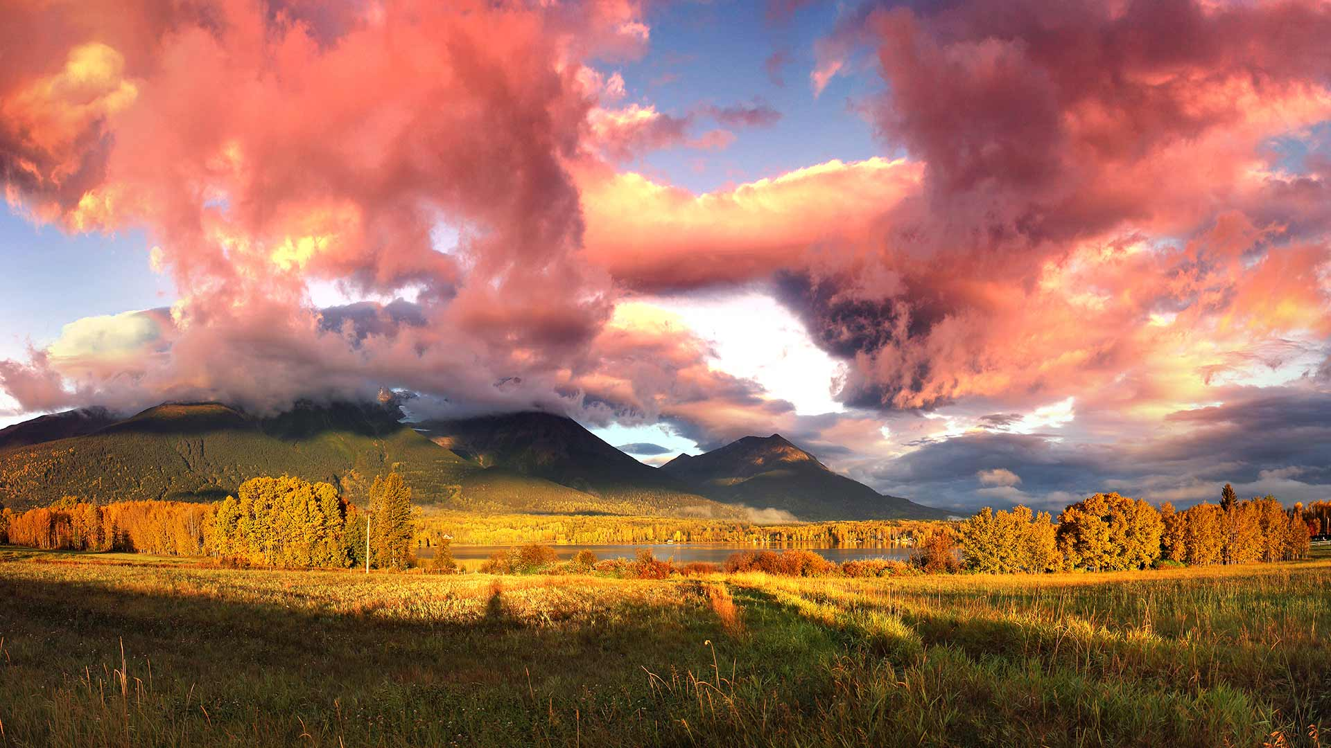 Panorama to illustrate dating in smithers