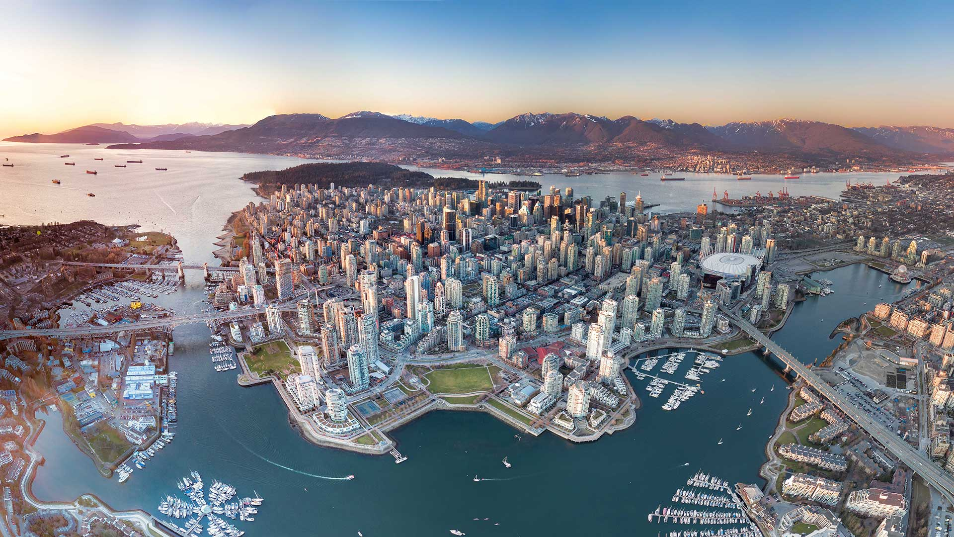 Panorama to illustrate dating in vancouver